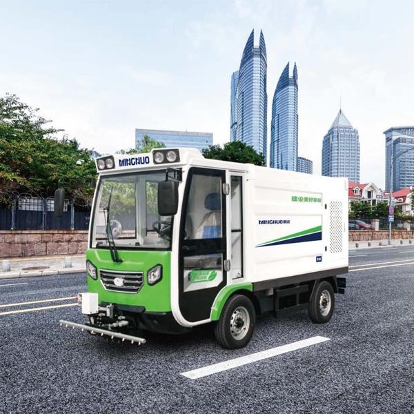 四轮高温高压路面养护车MN-H51K德国原装进口高温高压机组
